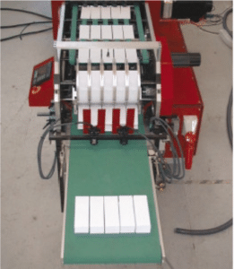 Sheeter star wheel delivery